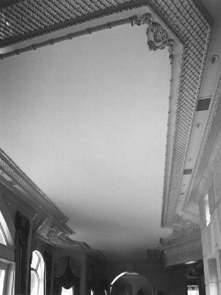 Ornamental ceiling with applied moldings - Sailfish Point