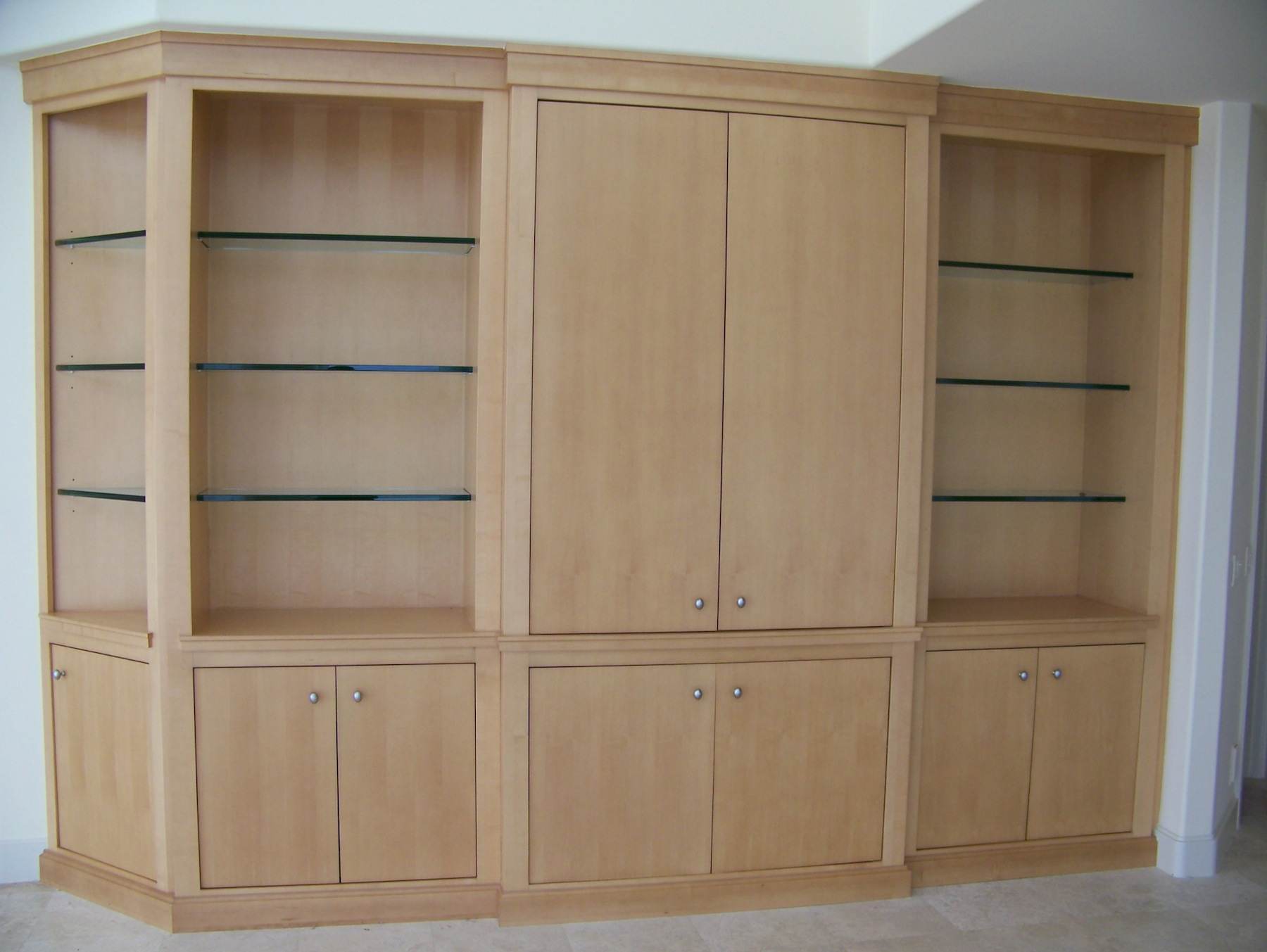 TV and display cabinet - Hutchinson Island