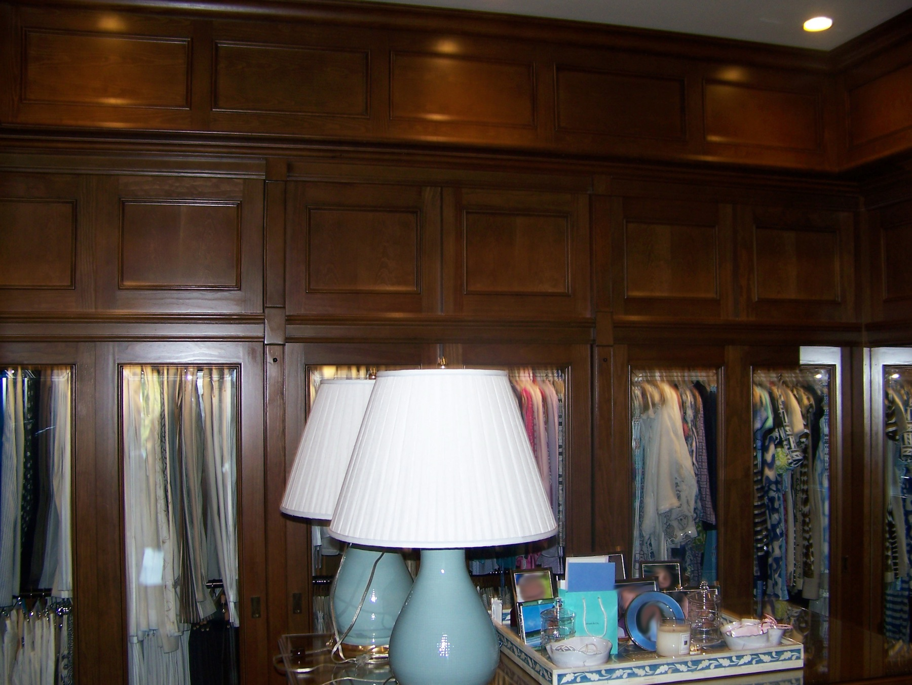 His/hers master closet, wall view - Nassau, Bahamas (Lyford Cay)